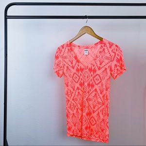 Pink VS Tribal Short Sleeve T-shirt Size Small